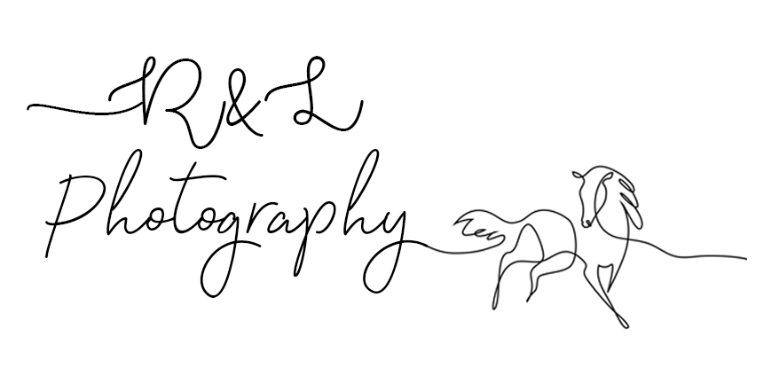 R & L Photography Logo